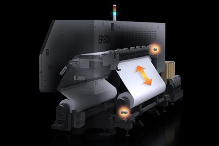 オートテンションコントロールによる正確な紙送り