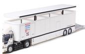 Papercraft del camión de transporte del box de competición. Manualidades a Raudales.